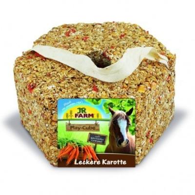 JR Farm Horse Play - Cube Karotte  1.75 kg